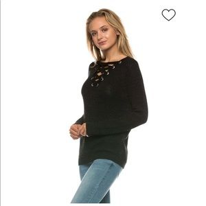 🎉HOLIDAY SALE🎉{Love Tree} knit lace-up sweater